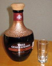 Tres Generaciones tequila anejo picture